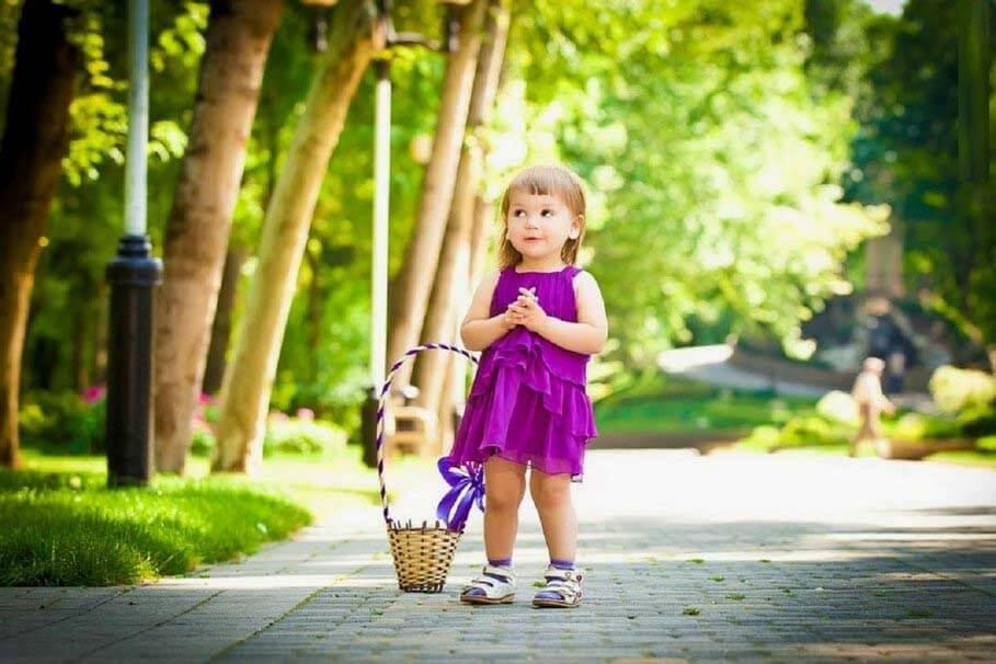 Sweet girl fb profile pics - Cute little girl pic hd ...